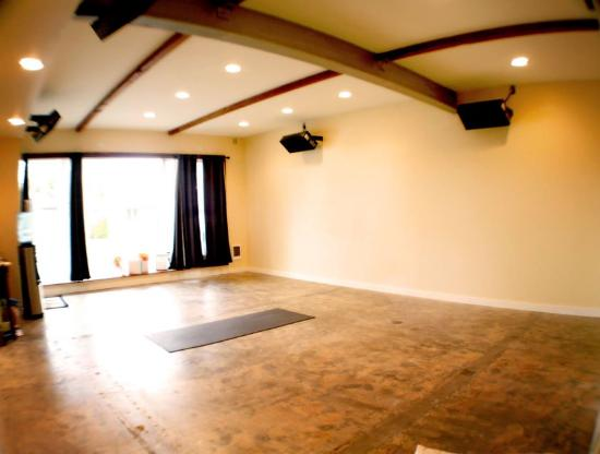 The Hot Spot Yoga and Massage