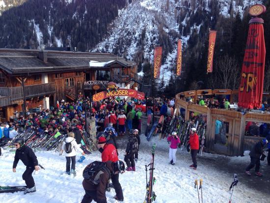 Mooserwirt - wahrscheinlich die schlechteste Skihutte am Arlberg : Crazy