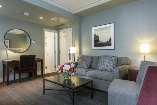 St. Regis Hotel: Executive Suite