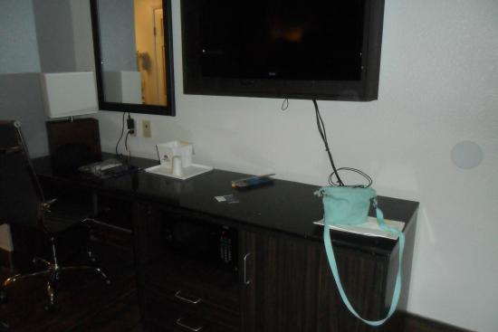 Americas Best Value Inn - Hollywood / Los Angeles: desk