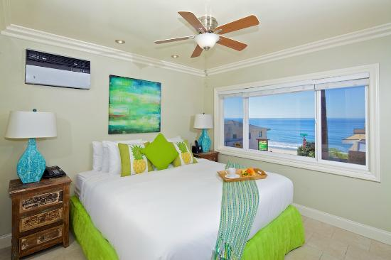 Ocean Palms Beach Resort: Luxury Ocean View Suite