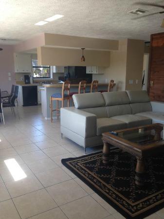 Ko Ko Kai Resort: living room