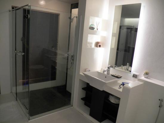 Yatale The Resort : ห้องน้ำ