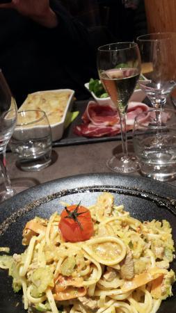 La Taverne du Monchu: Wok de filet mignon et linguins