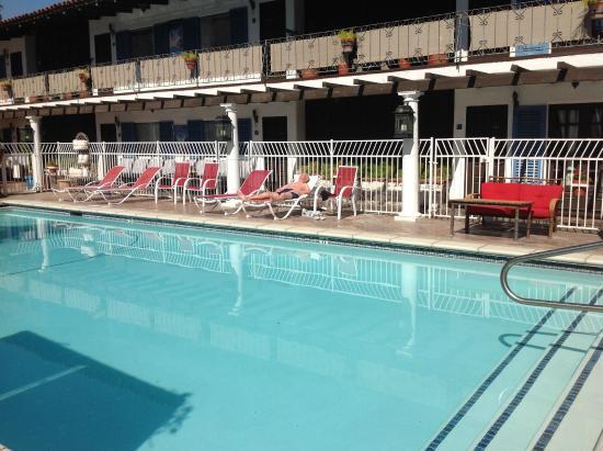 Mediterraneo Resort : Pool Shot