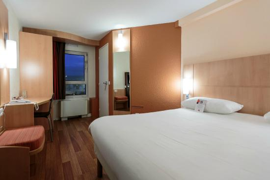 """Ibis Clermont-Ferrand Sud Carrefour Herbet: Nos chambres """"standard"""""""