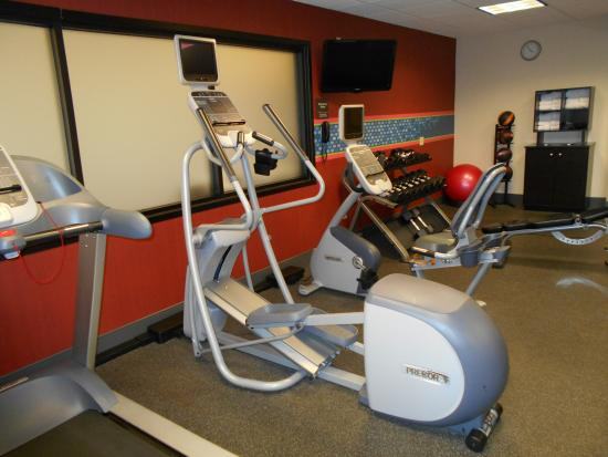 Hampton Inn Mt. Pleasant: Fitness Room