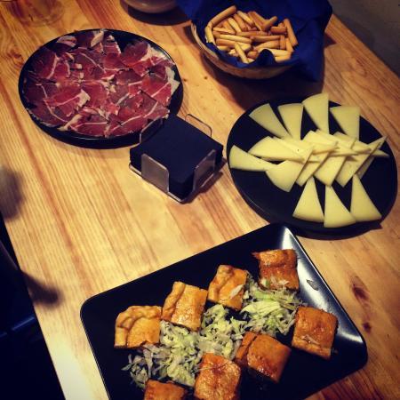 Comida de Navidad!! - Picture of Los Dominicos taberna ...