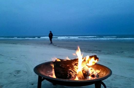 Malaquite Beach: Firepit on beach