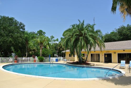 Sunshine Travel Resort Vero Beach