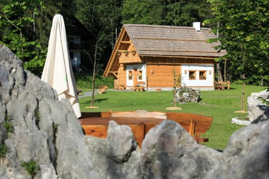Alpik Apartments at Lake Bohinj