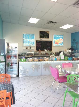 Kelley's Gourmet Treats : Interior