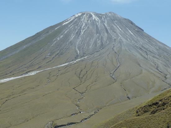 Empakaai Crater : God's Mountain, holy to Maasai