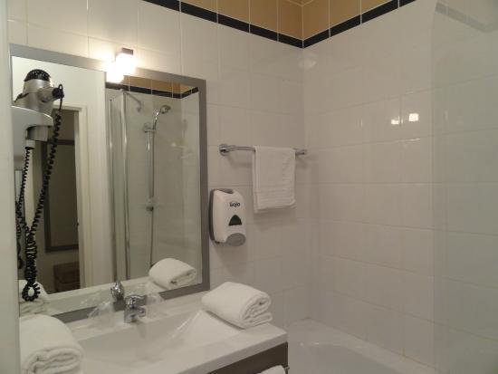 Appart'Hotel Lorda: Baño Apart Hotel Lorda