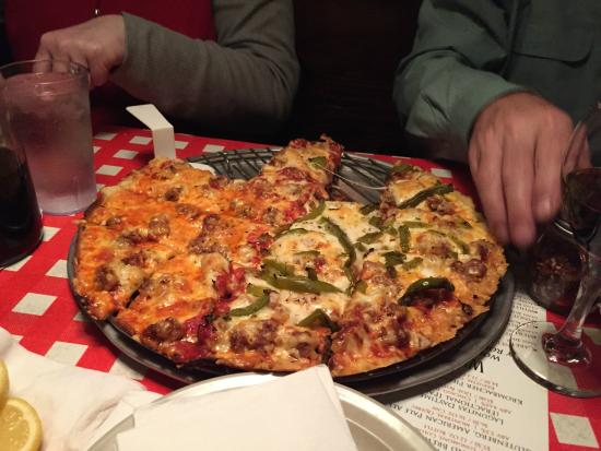 Aurelio's Pizza: Great Pizza!