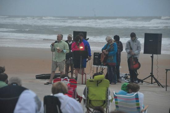 First United Methodist Church Easter Sunrise Beach Service