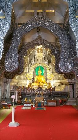 Wat Sri Suphan: Temple d'argent