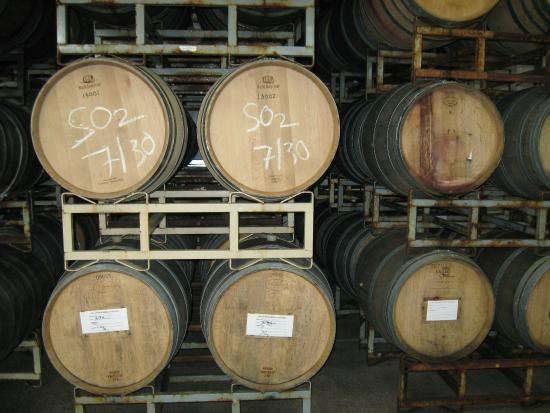 Silvan Ridge Winery : Kegs