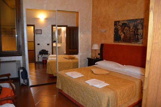 Hotel Delle Tele: habitacion