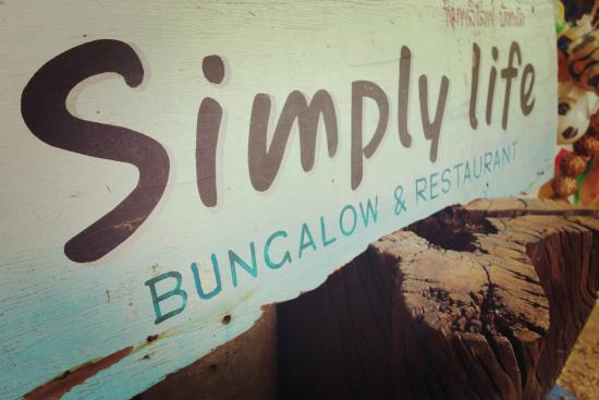 Simply Life Bungalows: The sign