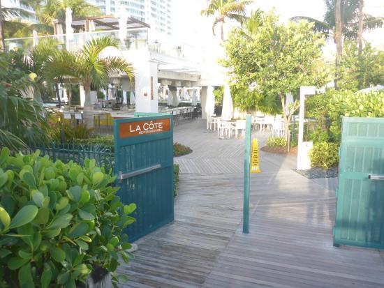 Restaurants Near Courtyard Cadillac Miami Beach
