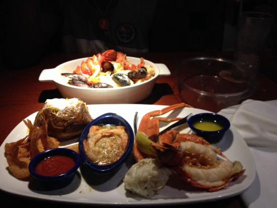 Red Lobster: The Ultimate feast is here!! I look forward to ordering this religiously it never gets old or ta