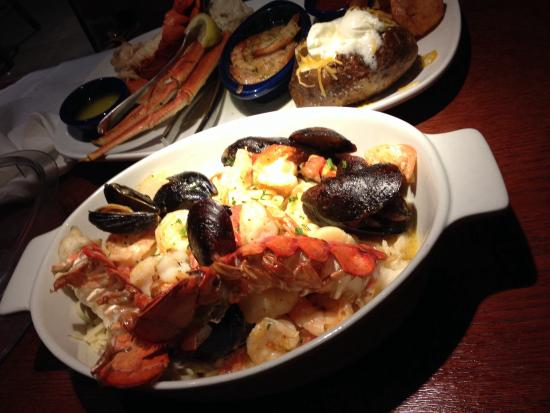 Red Lobster: I don't know why I tried this but I'm glad I did.. I ordered to much I had to pack it up and tak