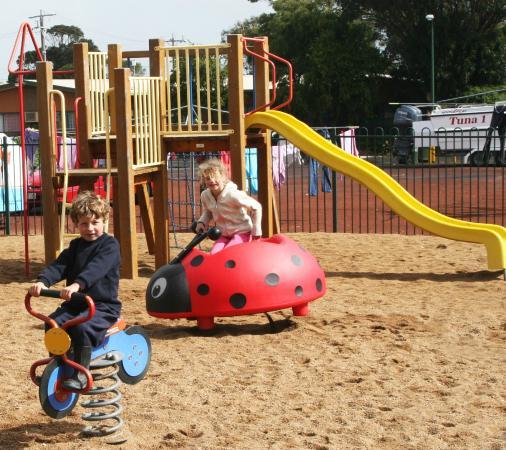 Portland Bay Holiday Park: Playground