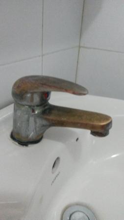 The Tourist Hotel : bathroom