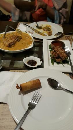 Chef Doy's: kare kare
