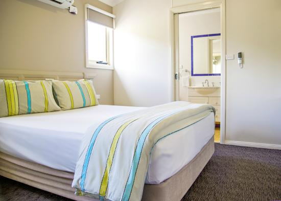 NRMA Ocean Beach Holiday Resort: Bedroom