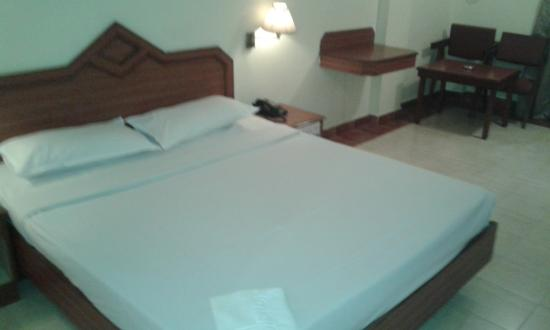 Nalapad Residency Mysore: A/c Room