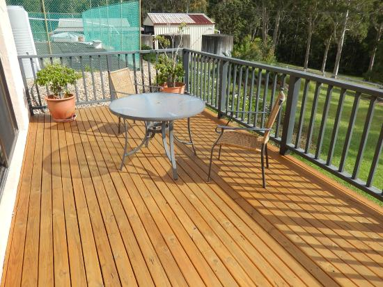 Batemans Bay Manor - Bed and Breakfast: Sole Use Outdoor Deck off Room 5