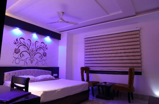 Hotel Nagpal Regency : Room