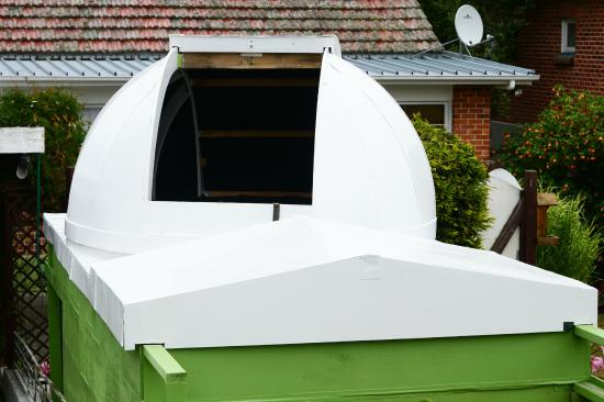 Kiwi Observatory with 2.3m dome