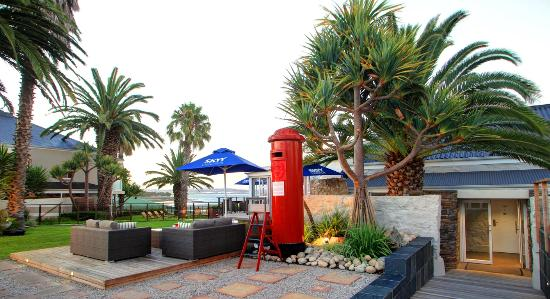 Protea Hotel by Marriott Mossel Bay: Red Post Box