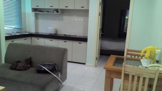 Jinhold Service Apartment: d living