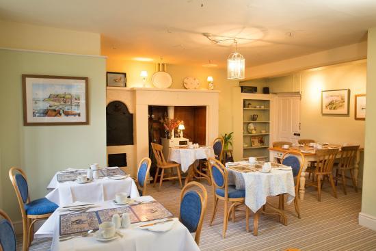 Bramwood Guest House: Breakfast Room