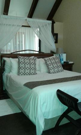 Rosendal Winery & Wellness Retreat: Regular double bed
