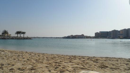 Fairmont Bab Al Bahr: Beach