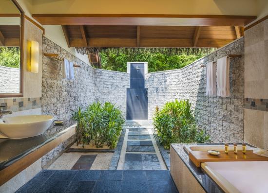sheraton maldives full moon resort spa cottage bathroom - Cottage Bathroom