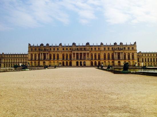 L 39 entr e du repas picture of chateau de versailles versailles tripadvisor - Restaurant chateau de versailles ...