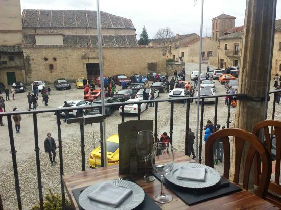 El Yantar de Pedraza : Vistas de la plaza mayor de Pedraza desde el restaurante