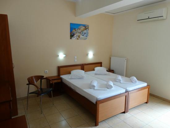파로스 1 호텔