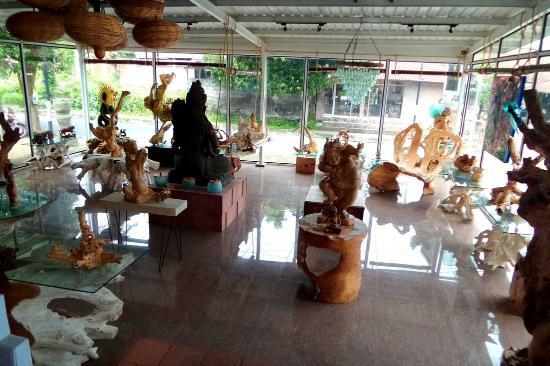 Tungga Fine Art Gallery
