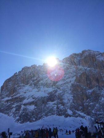 Dolomiti Ski Tour : Gran Paradiso visto dal rifugio