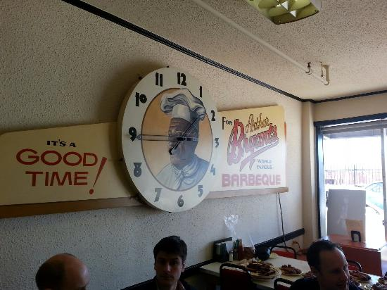 KC Barbecue Tours : Nostalgic Author Bryant, loved rib ends there.