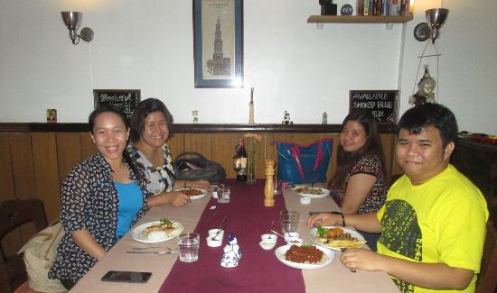 De Bonte Koe: with friends