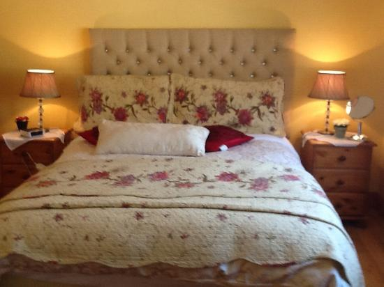 Tullybryan House B&B: One of the Bed rooms at Tullybryan House