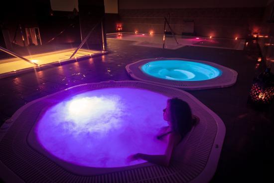 Sala hidrotermal fotograf a de h2o spa balnearios sevilla tripadvisor - Mejor spa sevilla ...